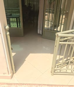 Սենյակի մուտքը՝ առանց աստիճանների