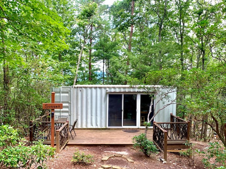 Barefoot Hills - Sunset Shipping Container Cabin