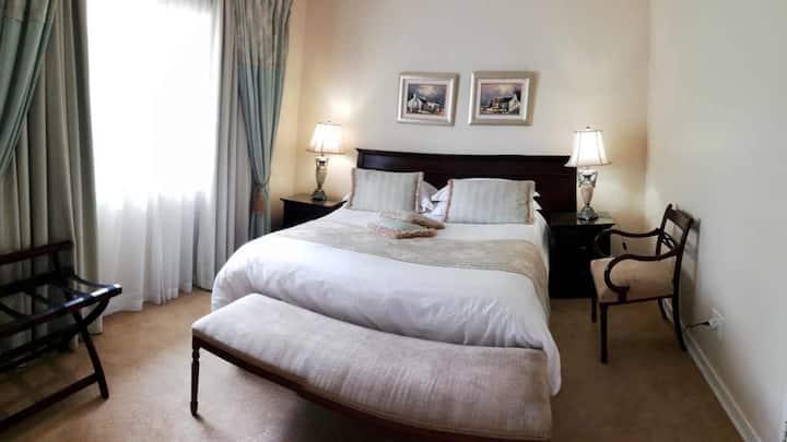 Royal Ridge Guest House - Room 2