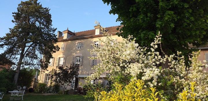 """""""L'échappée"""", maison de maître du XVIIIème siècle."""