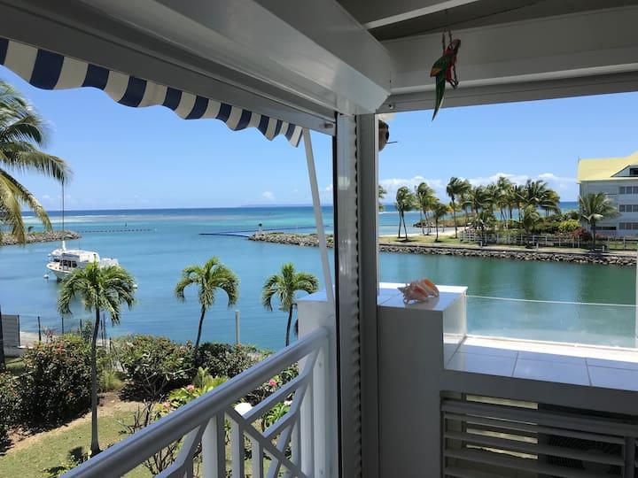 Appartement Duplex avec vue sur le lagon