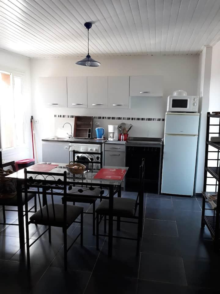 Appartement dans village calme