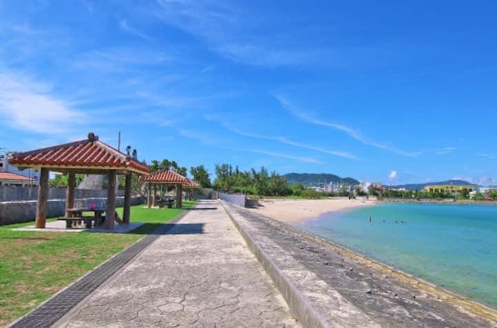 観光雑誌にものらない地元御用達のシークレットビーチで沖縄の夏を満喫しよう!