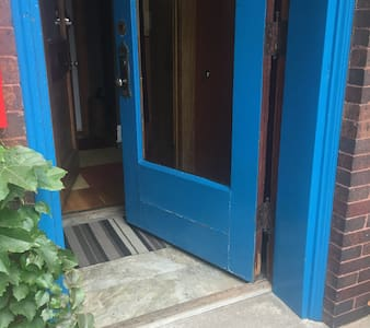 """Once up the initial stairs, there is one step to the threshold and clear entry the rest of the way. The front door is 38"""" wide."""