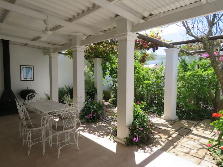 Jacaranda Cottage  - in the heart of the village