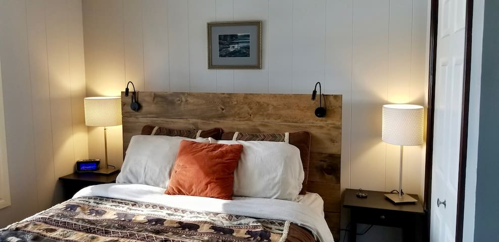 2nd Bedroom with Customized Solid Wood Queen Bed.