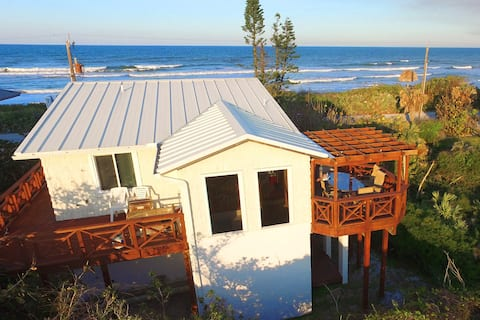 The Turtle Mound House - Oceanfront Retreat