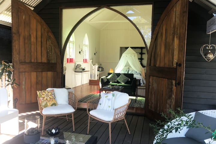 The Chapel - Your perfect romantic country getaway