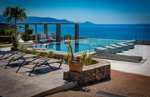 Villa Proistakis direct sea view 2