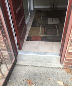 Entry way, 30 inches wide