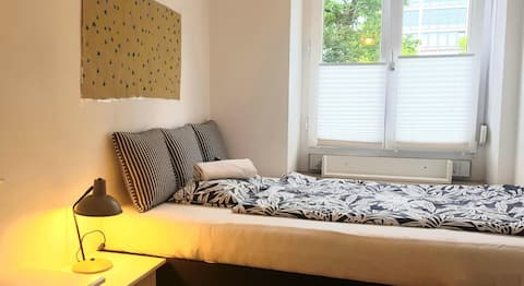 !Cozy luxury Schwabing central long terms welcome!