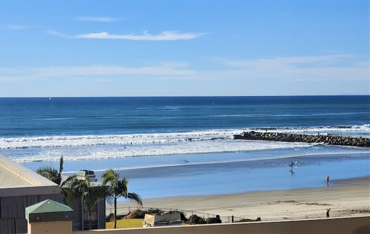 Wake to Gorgeous Ocean View 2BR Beach Condo at NCV