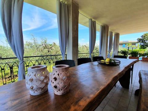 """Regarda - """"Villa Olivi 10"""", piscina, terraza, wifi"""