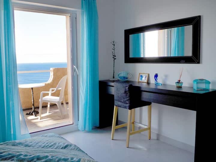 2 chambres avec vue sur mer a 180 degres