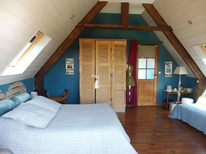 Chambre avec le balcon
