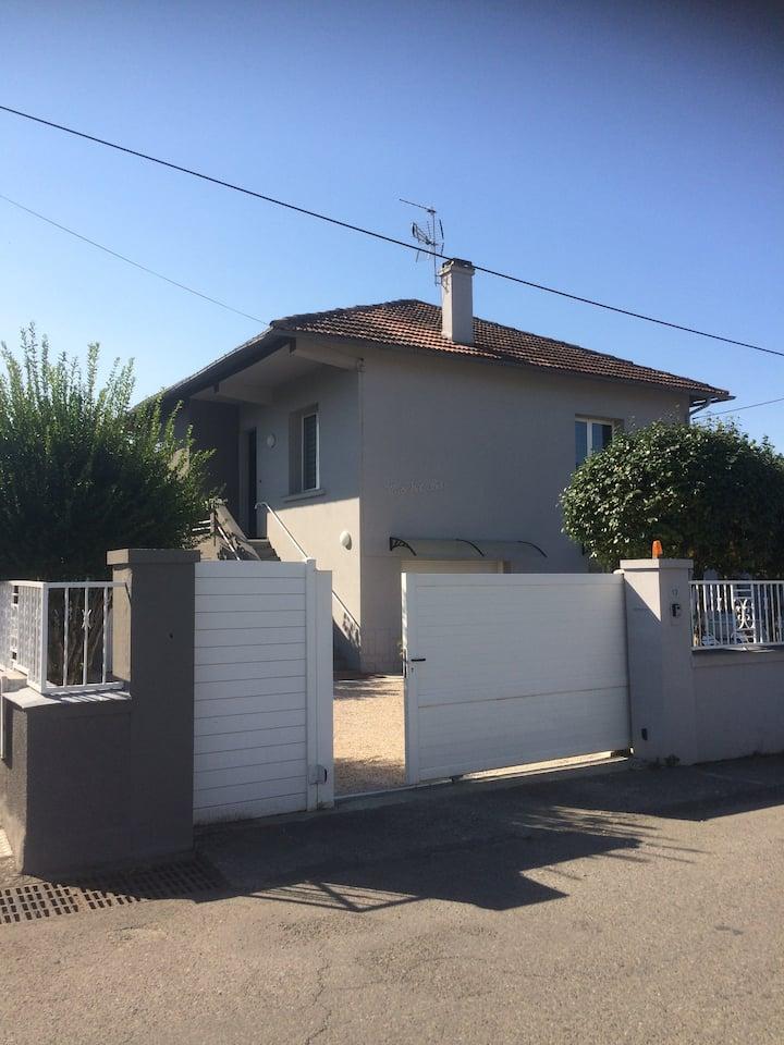 Maison familiale entièrement rénovée