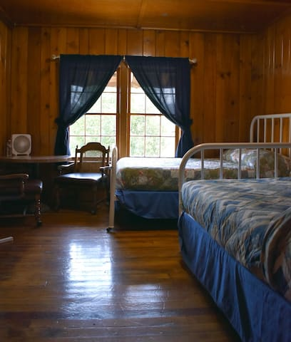 Two full beds and an amazing view of the Payette River!