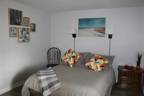 Ruhige In-Law Suite in Southdale Dartmouth NS