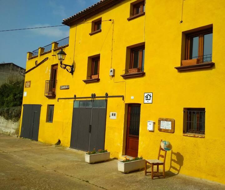 A 3 km de Estella-Lizarra, casa rural 643 km