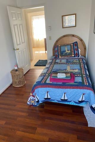 Twin Bedroom - 2021 Remodel