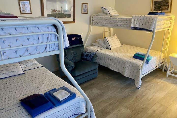 Downstairs Bedroom - 2021 Remodel