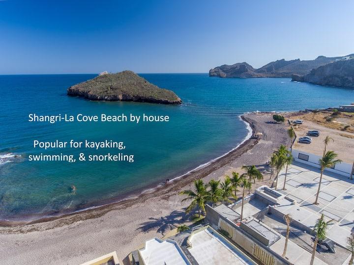 Beautiful beach home, breathtaking ocean views!!