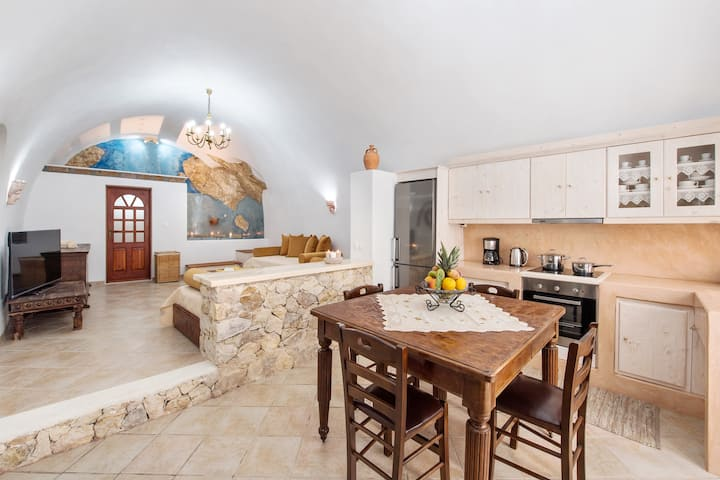Canava Family Villa - Indoor Hot Tub (72sqm/775ft)