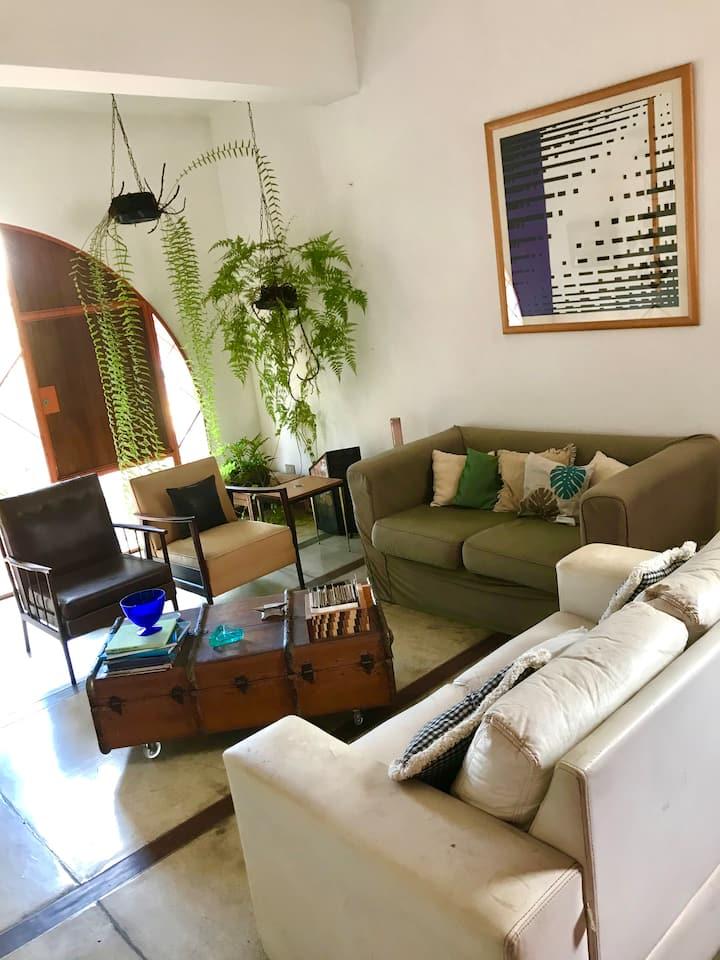 Quarto individual em casa tranquila na Vl. Mariana