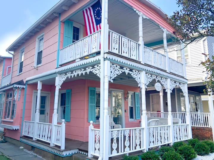 """Creamcake House"" beach rental, Ocean Grove, NJ"