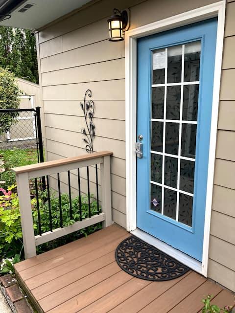 Blue Door Guest Studio