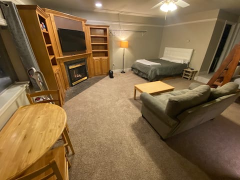 Large studio with private entrance on HWY 48