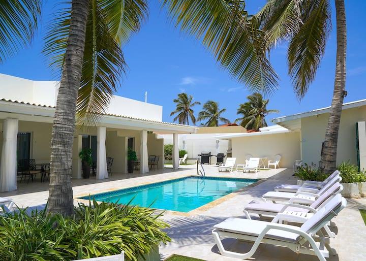 New Modern Palm Beach Suite Steps Away from Beach