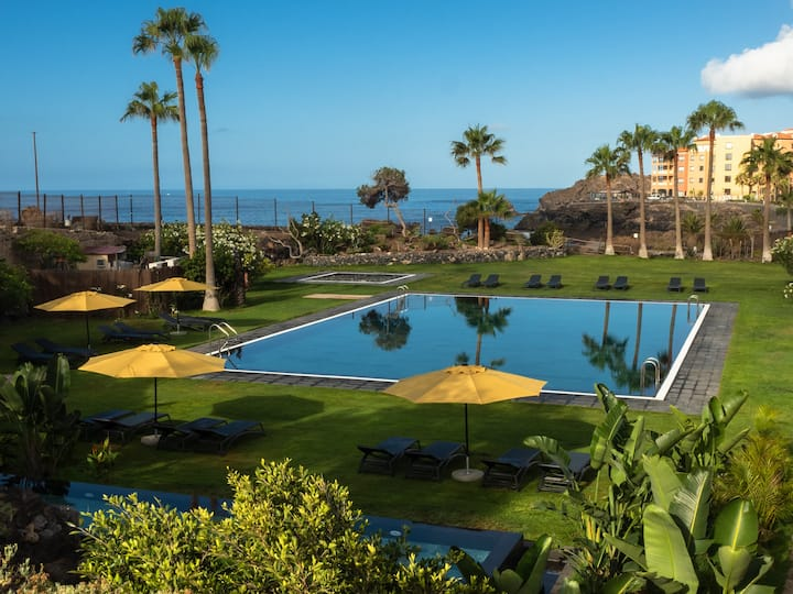 Hot pool, sea, wifi pro, gas barbecue, garden, 05