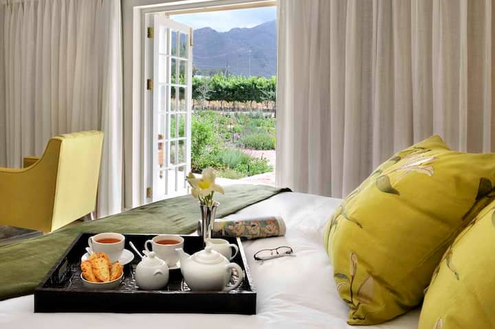 Fransvliet Guesthouse - No. 1 The Chenin Suite