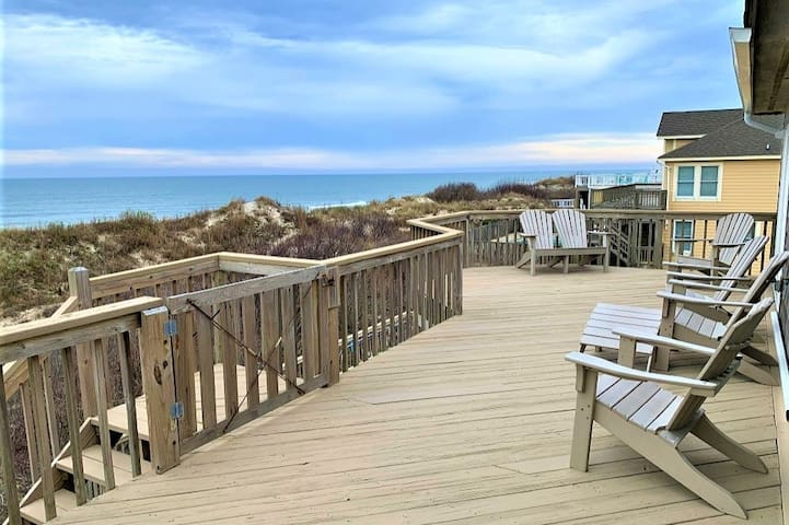 Reserve for 2021!OceanFront!Pets,pool, hot tub!