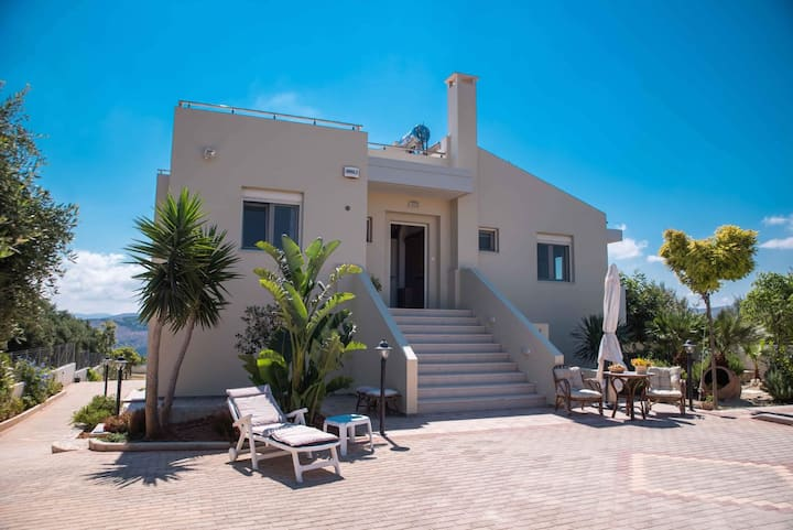 Luxury Villa Marilena