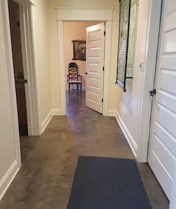 5' wide hallway to bedroom.
