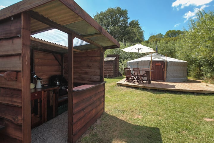 Willow Yurt @ Blackdown Yurts