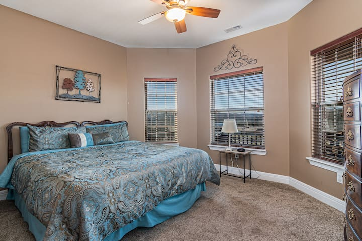 This home has not one but two master suites!  Also with a king bed and great views!