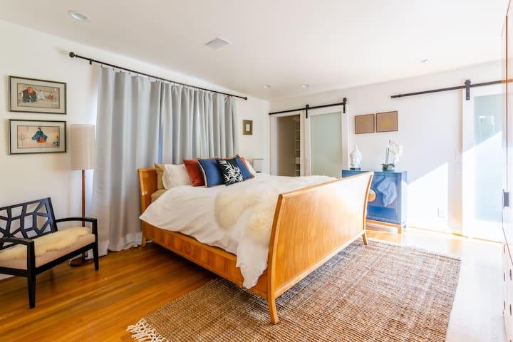 Spacious Master Bedroom, 2 closets & deck