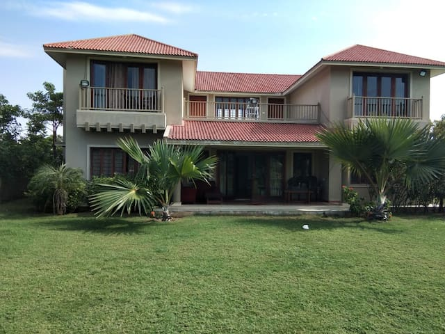 Golfview Villa