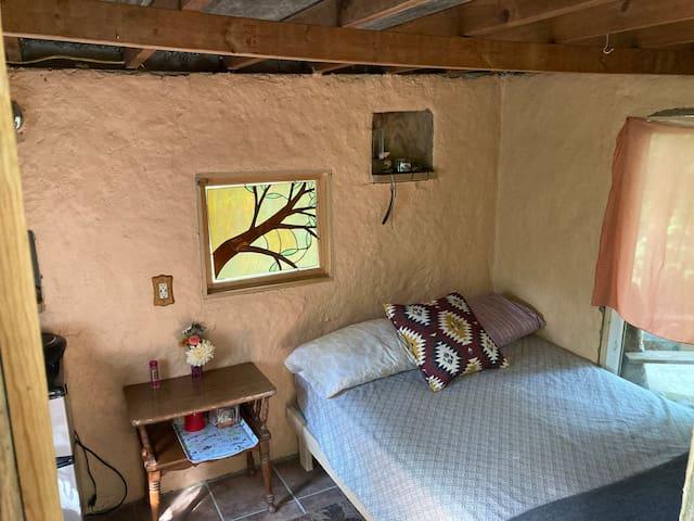 Tinyhut