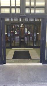 Automatic sliding doors (outside)