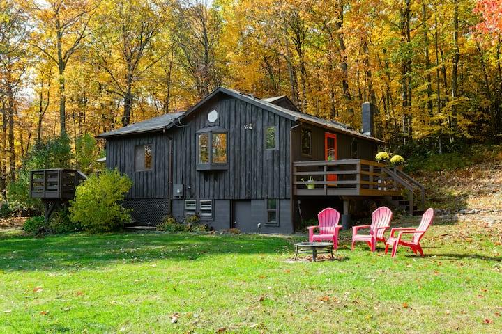 The Laurel Cabin