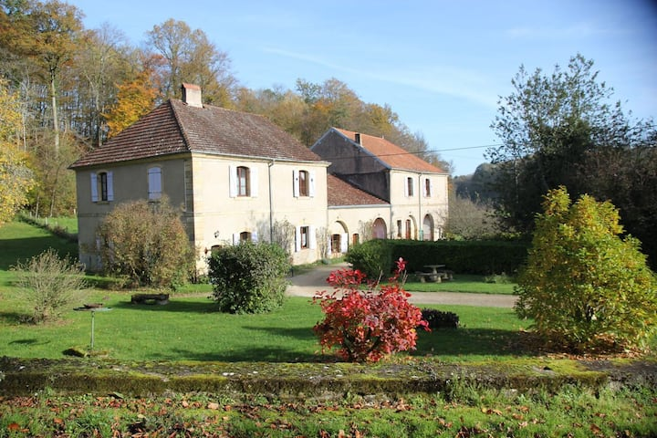 Beautiful country house to go green