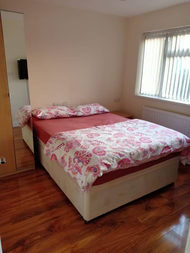 En-Suite fully furnished room with Free Wi-Fi .