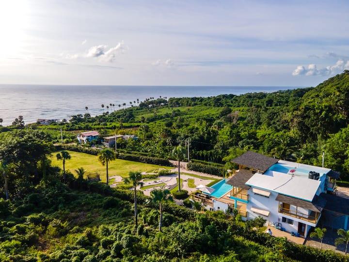Villa Larimar-Barahona,Ocean View, Mini Golf, BBQ