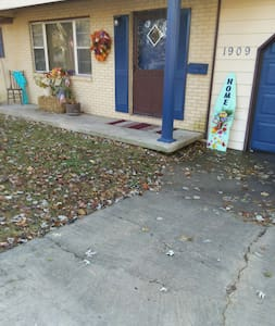 """2 steps to get from driveway to inside the front door.    Each are approx. 6""""."""
