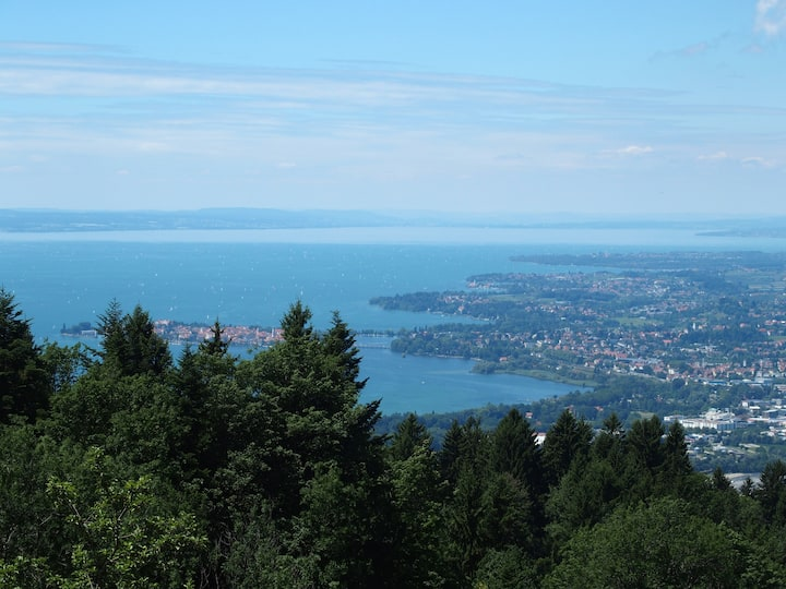 Hideabway Suite with view to lake constance
