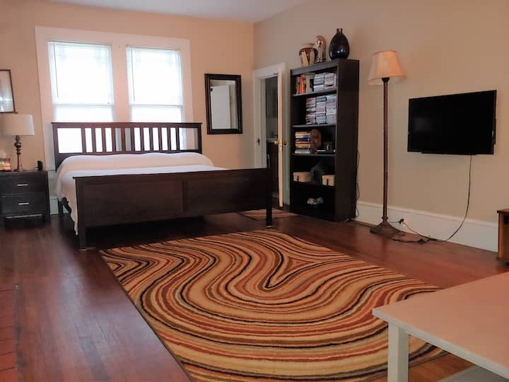 Studio Apt West End Atlanta  Dtwn/Midtown/Airport